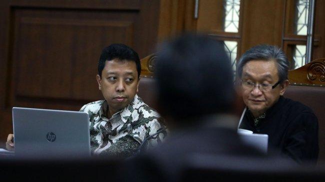Senin ini, Jaksa KPK Bacakan Tuntutan untuk Romahurmuziy