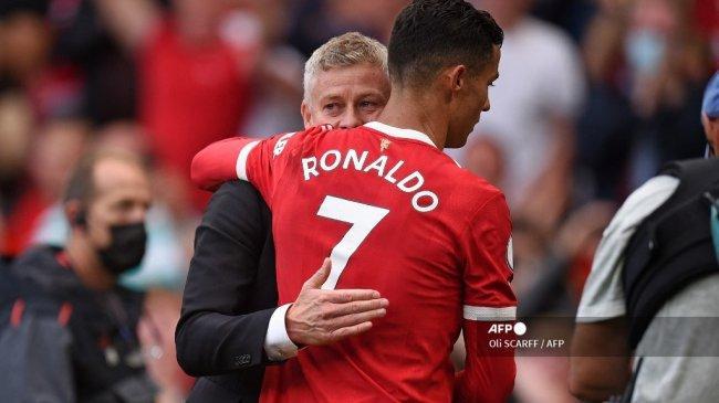 Prediksi Man United vs Aston Villa Liga Inggris, Solskjaer Andalkan Duet Ronaldo-Cavani