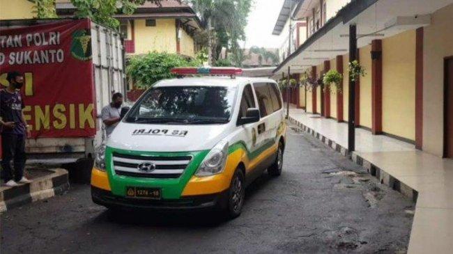 rs-polri-jakarta-timur-kebanjiran-pasien.jpg