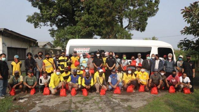 Gelar Kegiatan Sosial, Sahabat Ganjar Awali Susur Tanah Sunda dari Kawasan Bocimi
