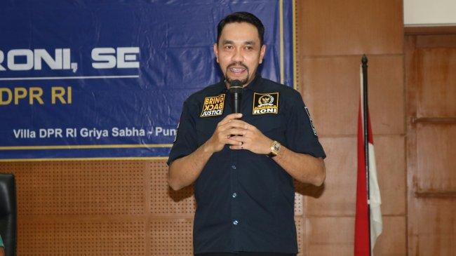 Ahmad Sahroni Sebut Usulan Fadli Zon Bubarkan Densus 88 Kurang Bijak dan Tendensius