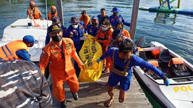 Satu Lagi Korban Tenggelamnya KMP Yunicee Ditemukan, Petugas Masih Cari 17 Korban Lainnya