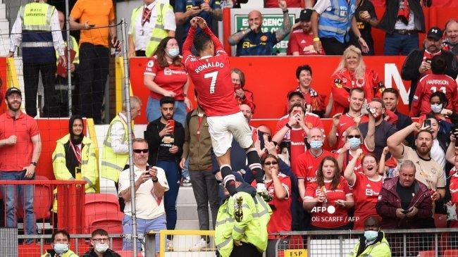 Chord Gitar dan Lirik Lagu Glory Glory Man United: Lagu Resmi Fans Manchester United