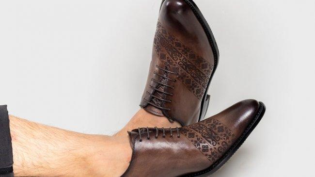 Sepatu Bermotif Batik yang Sarat Makna Bagi Kaum Milenial