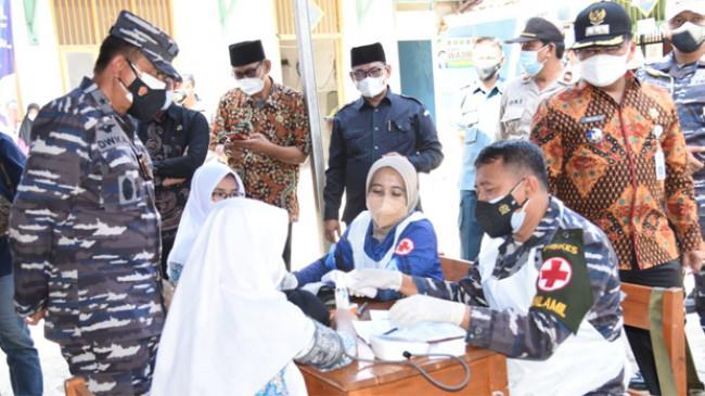 Serbuan Vaksinasi Maritim TNI AL, Kolinlamil Sasar 500 Pelajar