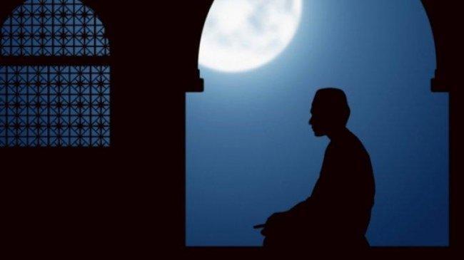 Niat dan Doa setelah Sholat Tahajud, Lengkap dengan Tata Caranya, Tulisan Arab dan Latin