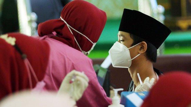 58 Ribu Siswa di 10 Provinsi Serentak Vaksinasi Covid-19