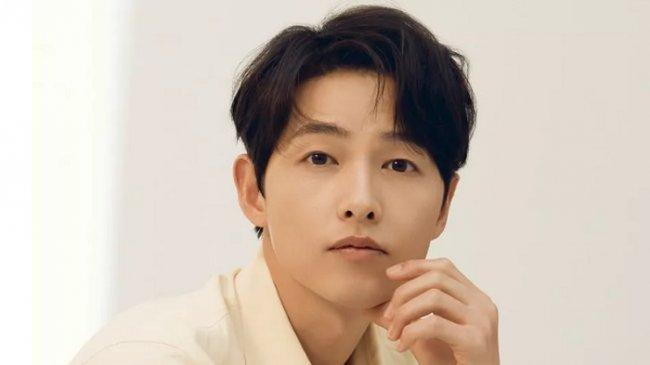 Kontak Erat dengan Orang Positif Covid-19, Song Joong Ki Lakukan Isolasi Mandiri