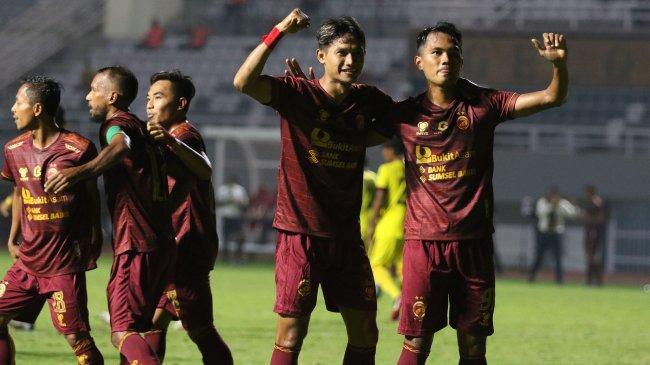 Hasil Liga 2 2021: Benamkan Tiga Naga, Sriwijaya FC Ciptakan Awalan Sempurna & Kokoh di Puncak