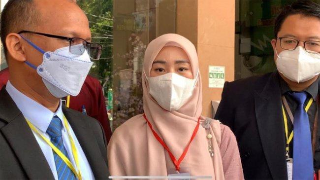 Larissa Chou Resmi Cerai dari Alvin Faiz, Hadirkan 3 Saksi di Ruang Sidang