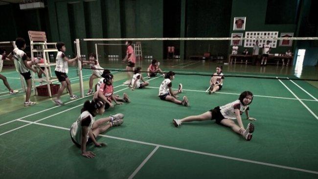 Teknik Latihan Bermain Bulu Tangkis - Stretching atau Peregangan