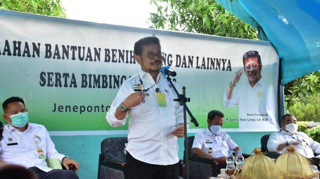 Mentan SYL Serahkan Bantuan Pisang dan Program Pertanian di Jeneponto