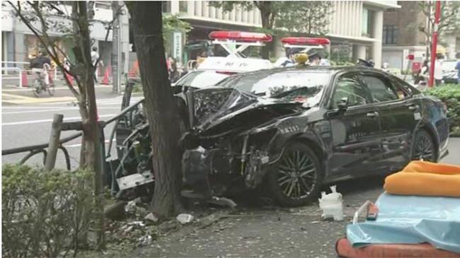 Taksi Tabrak Pohon, Lansia di Jepang Tewas, 4 Lainnya Luka-luka