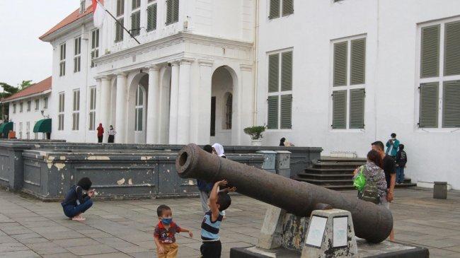 Ibu Kota Pindah, Bangunan Bersejarah di Jakarta Berpotensi Ditukar Guling, Emil Salim Merasa Ngeri