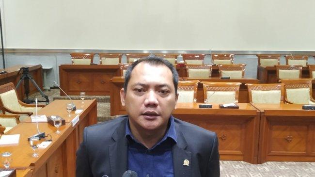 Sejumlah Anggota DPR Angkat Suara Soal Oknum Polisi yang Diduga Ancam Netizen: Ancam Hak Sipil