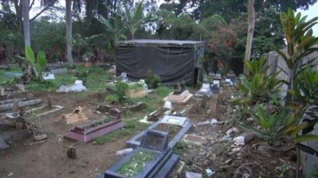 Polisi Temui Yosef Jumat Malam Sebelum Autopsi Ulang Jasad Ibu dan Anak Korban Pembunuhan di Subang