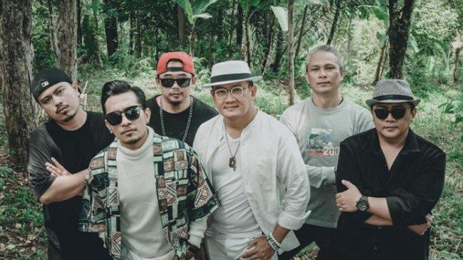 Kolaborasi The Titans, SAKI2 dan Rapper Insane Bawakan Lagu Berjudul 'Ghosting'