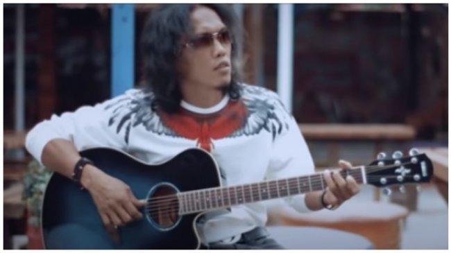 Chord Gitar dan Lirik Lagu Satu Hati Sampai Mati - Thomas Arya: Walau Menangis Pilu Hati Ini
