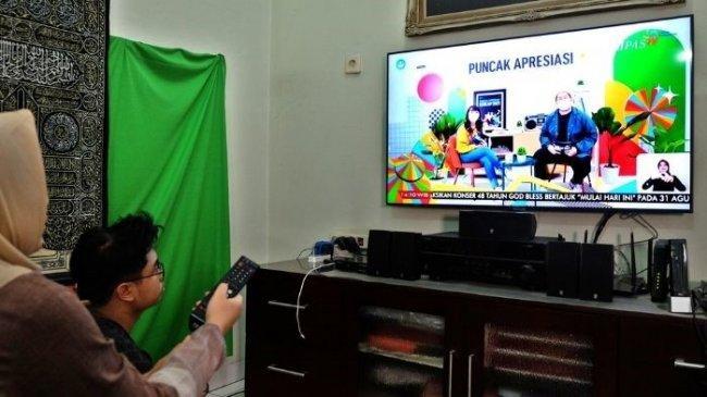 Parental Lock di TV Digital Mengunci Tayangan Tak Layak Anak