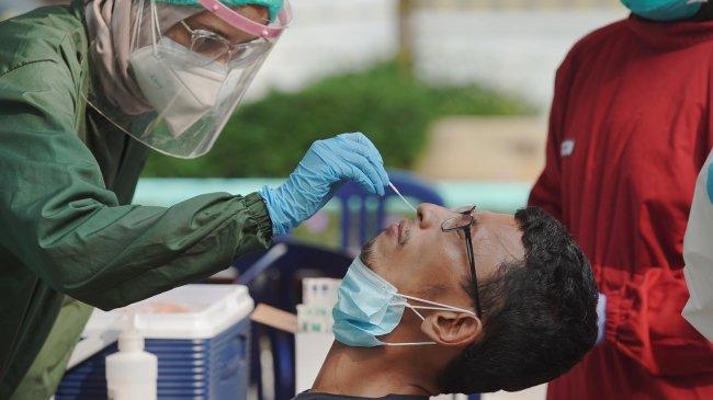 Penyedia Layanan Tes PCR Mengakali Harga Bahan Baku dan Biaya Operasional
