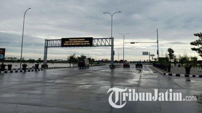 Situasi Terkini Banjir Madiun, Air Setinggi 75 Sentimeter Genangi 600 Meter Jalan Tol