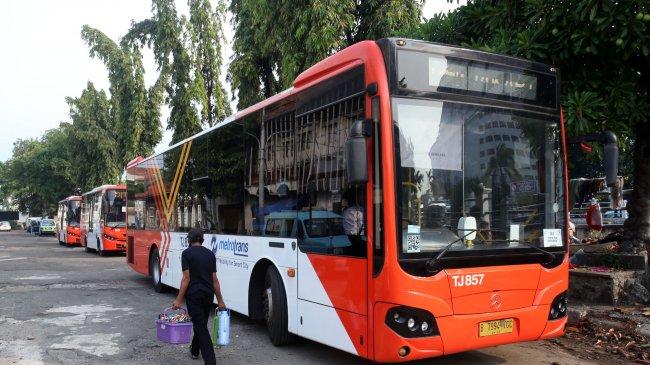 Transjakarta Uji Coba Satu Unit Bus Listrik Rute Blok M-Balai Kota, Penumpangnya Tak Dikenakan Biaya