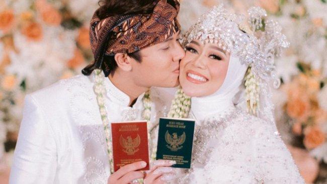 Baru Menikah, Lesti Kejora Beberkan Tipsnya Bikin Rizky Billar Makin Lengket
