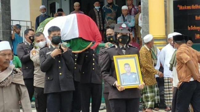 Motif Polisi Tembak Rekan Kerja Sesama Anggota Polri Hingga Tewas di Lombok Timur Masih Misteri