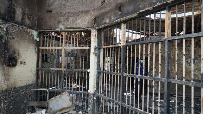 Kasus Kekabaran Lapas Tangerang: 7 Pejabat Lapas dan 2 Warga Binaan Diperiksa Penyidik Sebagai Saksi
