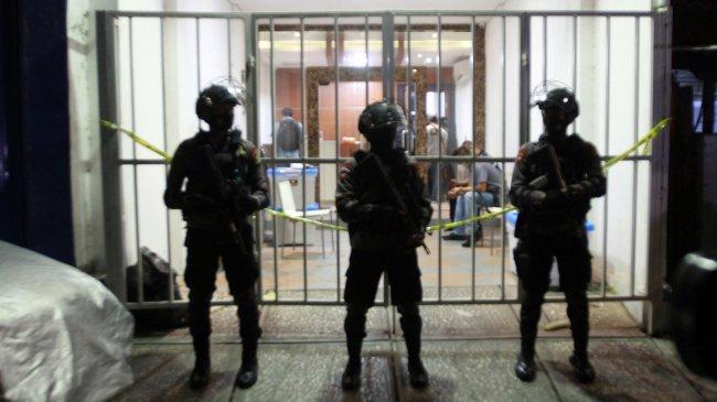 Aziz Yanuar Beberkan Kondisi Kesehatan Munarman Dalam Tahanan, Ini Sebenarnya yang Terjadi