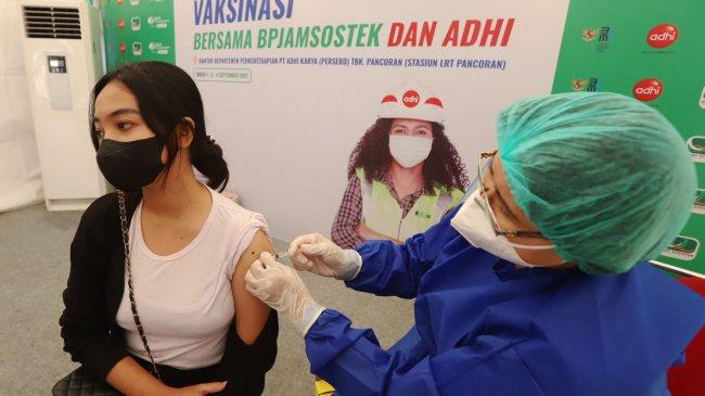 Cara Daftar Vaksin Covid-19 Melalui HP di PeduliLindungi dan Vaksin Loket, Ini Linknya