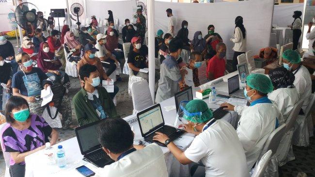 Vaksinasi di Indonesia Baru 24,49 Persen