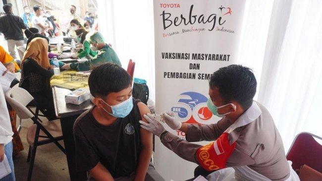 Gandeng Apindo, TMMIN Gelar Vaksinasi Gratis di 3 Titik Kawasan Industri Karawang