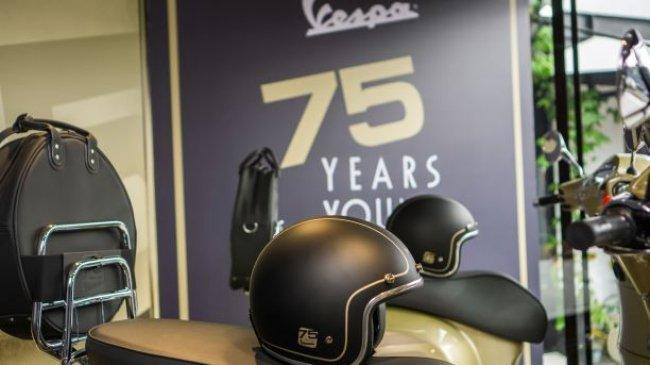 Ulang Tahun Ke-75, Vespa Pamer Edisi Khusus di Dealer Lima Kota Ini