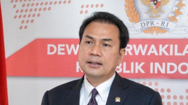 Ngaku Lagi Isoman, Azis Syamsuddin Minta Diperiksa KPK 4 Oktober