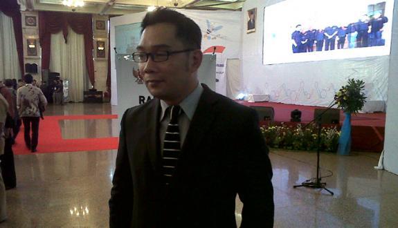 Wali Kota Bandung Tegaskan Tak Setuju Program Mobil Murah