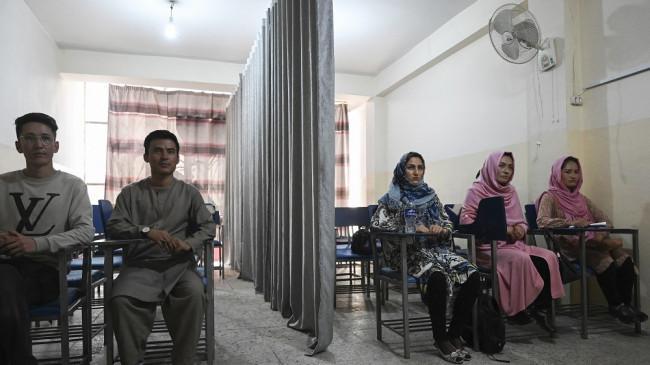 Taliban Larang Siswi SMP Sekolah, Berjanji Sekolah akan Dibuka, tapi Hanya untuk Anak Laki-laki
