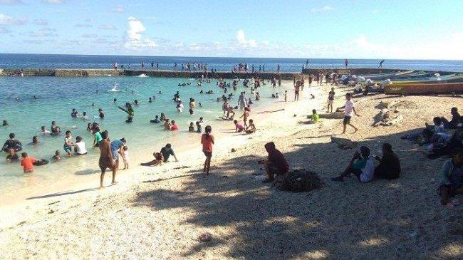 PPKM Turun ke Level 2, Pemprov Maluku Diminta Bangkitkan Wisata di Sekitar Pantai