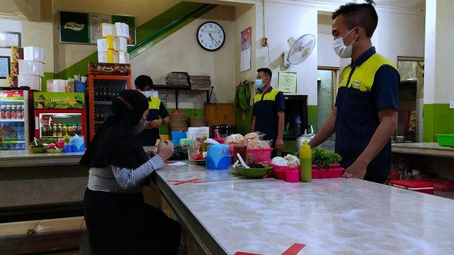 Pemerintah Perpanjang PPKM, Waktu Makan di Warteg atau Restoran Bisa 60 Menit