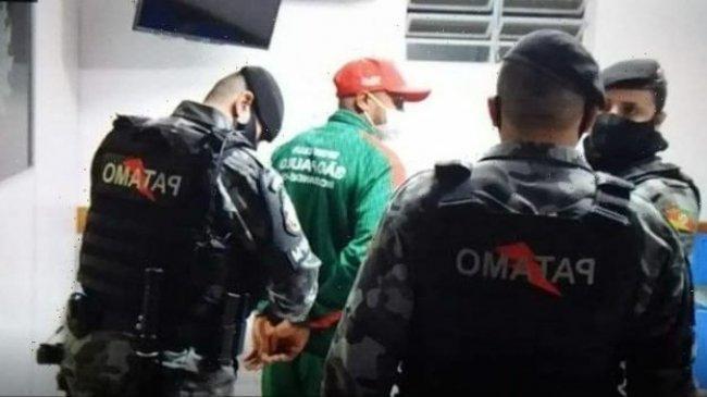 Brutal, Pesepak Bola Brasil Ini Jatuhkan Wasit Lalu Tendang Lehernya Hingga Pingsan. Ini Rekamannya