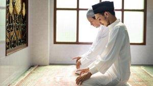 Tata Cara Shalat Idul Adha Lengkap dengan Bacaan Niat dan Takbir