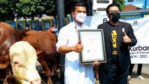 Salurkan 1100 Hewan Kurban ke Masjid-masjid di 476 Kabupaten, Putra Siregar Minta Bantuan Penggemar
