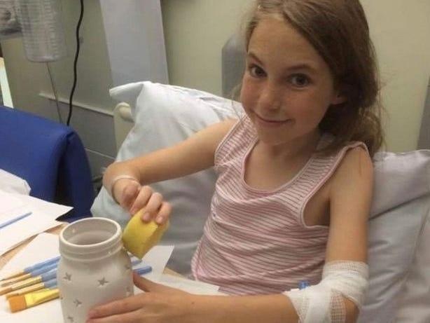 Ariel di rumah sakit