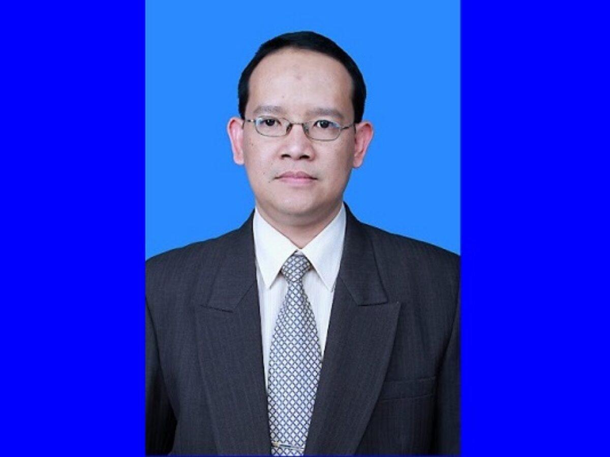 Wakil Direktur dan Diklit sekaligus Jubir Satgas Covid-19 RS UNS, dr Tonang Dwi Ardyanto (Tribunnews/Ist)