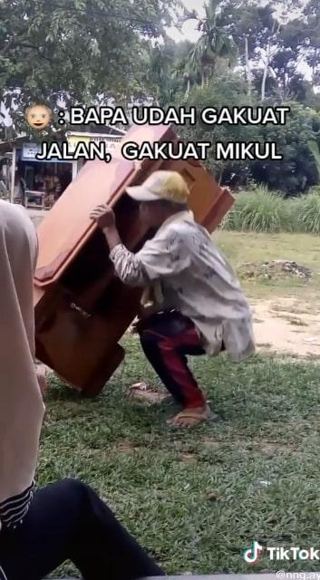 Kisah kakek penjual lemari