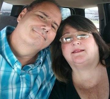 Lisa Steadman (58) dan suaminya sama-sama terpapar Covid-19