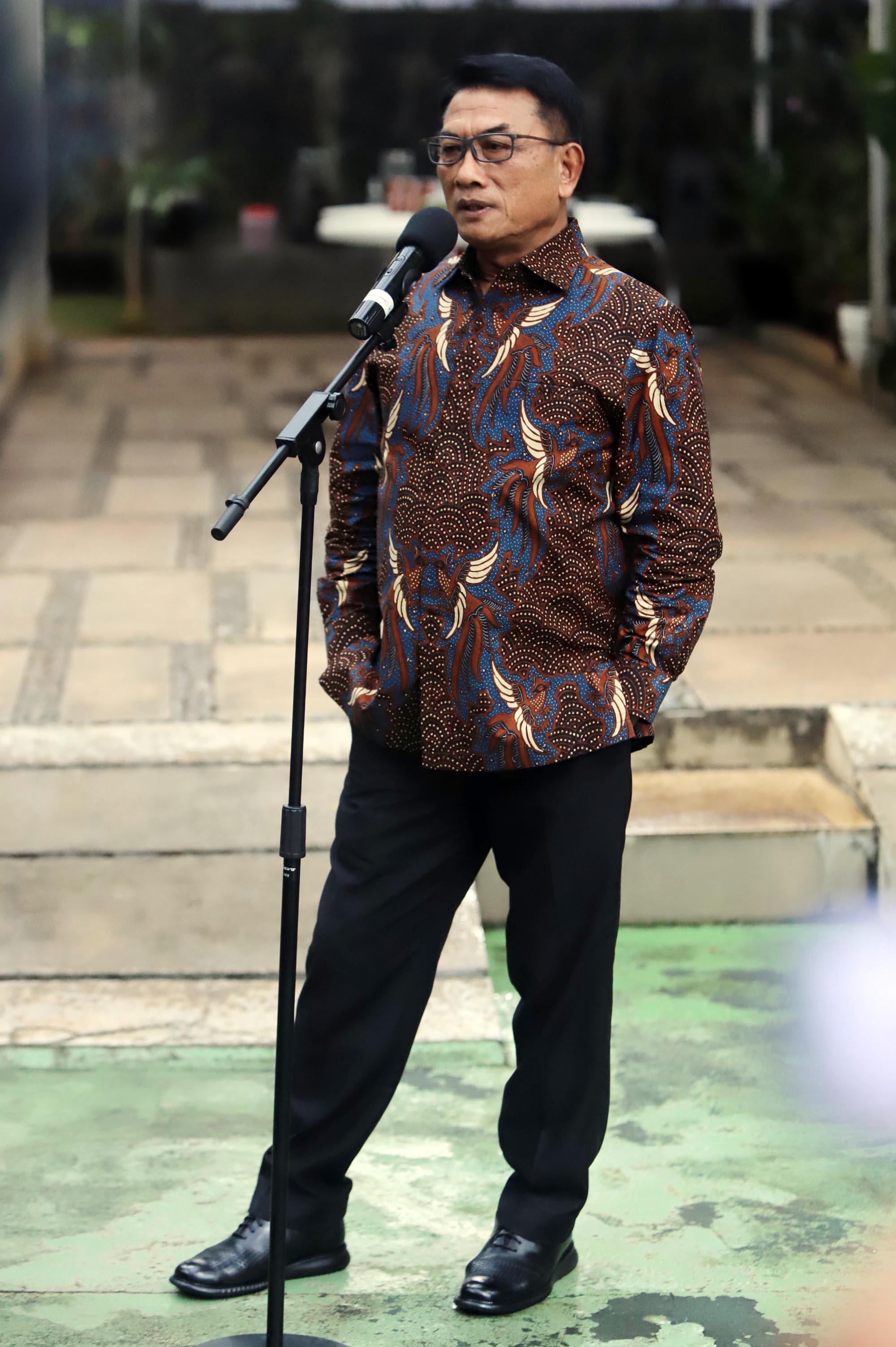 Kepala Kantor Staf Presiden Moeldoko memberikan keterangan pers di kawasan Menteng, Jakarta, Rabu (3/2/2021). Keterangan pers tersebut untuk menanggapi pernyataan Ketua Umum Partai Demokrat Agus Harimurti Yudhoyono terkait tudingan kudeta AHY dari kepemimpinan Ketum Demokrat demi kepentingan Pilpres 2024. TRIBUNNEWS/HERUDIN