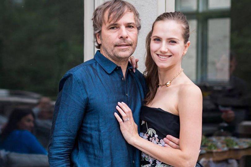 Rodney Baker (55) dan istrinya, Ekaterina Baker (32)