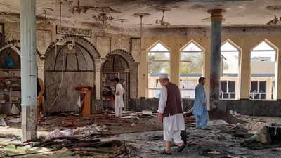 Sebuah ledakan menghantam sebuah masjid di kota Kunduz Afghanistan pada Jumat (8/10/2021).