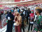 1-juta-warga-mengikuti-vaksinasi-masal-di-stadion-utama-gbk_20210627_212940.jpg